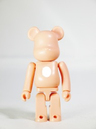 Medicom Bearbrick 100 S19 BASIC Salmon Orange - 01